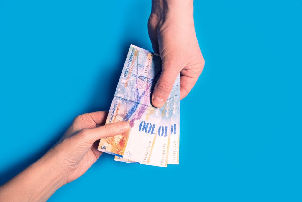Czy bank odda raty i odsetki kredytów frankowych
