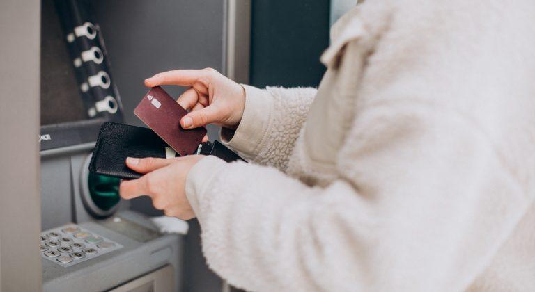 ujemne oprocentowanie na rachunku bankowym